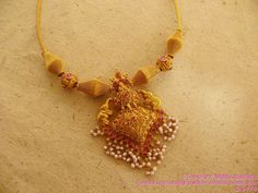 The traditional Indian gold necklace in age old craftsmanship containing a strongly weaved gold chain holding the gold balls and elephant design gold pendant from mehta Antique Jewellery Designs, Gold Jewellery Design, Indian Jewelry Sets, India Jewelry, Gold Jewelry Simple, Coral Jewelry, Jewelry Patterns, Jewelry Collection, Fashion Jewelry