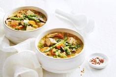 Hot & Sour Soup—Serve with a small bowl of chili garlic sauce for an authentic spicy finish in their Hot & Sour Soup. Healthy Soup Recipes, Spicy Recipes, Asian Recipes, Whole Food Recipes, Vegetarian Recipes, Dinner Recipes, Cooking Recipes, Ethnic Recipes, Tofu Soup