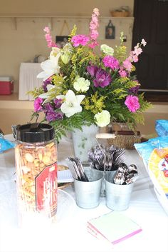 More birthday party flowers