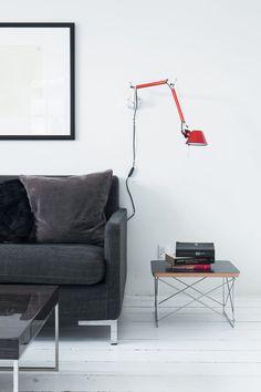 vedbaek-house-living-room-eames-side-table-ire-sofa