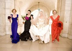 """Carrie (Sarah Jessica Parker) makes for one beautiful New York bride at her """"practice"""" wedding with best gal pals Miranda (Cynthia Nixon), Charlotte (Kristin Davis), and Samantha (Kim Cattrall) by her side. Photo courtesy of New Line Cinema"""