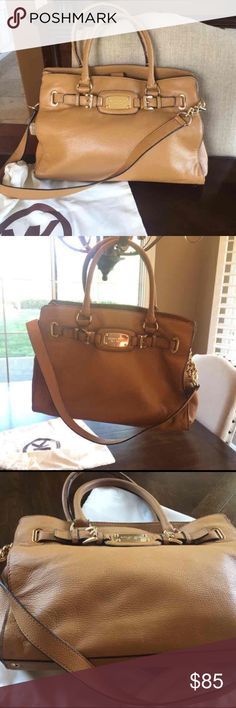 """Michael Kors, Large Hamilton Bag Authentic MK Bag, In very good condition. Color is tan. 16"""" wide X 11 long. Can be worn crossbody. PRICE IS FIRM ty KORS Michael Kors Bags Crossbody Bags"""