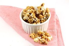 Are you a big fan of popcorn? Classic caramel popcorn is easier to make than you think and not only does it make a great snack, you can package it in holiday treat bags and give to family and friends.