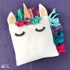Tutorial and pattern: Fleece unicorn pillow