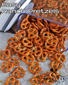 Easy Ranch Pretzels from My Fearless Kitchen. Do you need a quick snack to satisfy kids AND adults? These Easy Ranch Pretzels are super-fast and super-tasty. You won't have any leftovers! Spicy Pretzels, Ranch Pretzels, Seasoned Pretzels, Easy Snacks For Kids, Appetizers For Kids, Kid Snacks, Snack Mix Recipes, Cooking Recipes, Snack Mixes