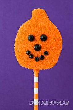Easy Halloween Pumpkin Pops.