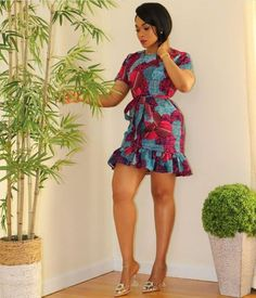Buyers will be asked to send me their body measurements as dress is customised for buyer in her exact fit. if in a hurry, buyer can send me front bodice length, bust, waist & hips measurements. i would advise contacting me to get a full list of measurements though. African Fashion Ankara, Latest African Fashion Dresses, African Print Fashion, African Print Dresses, African Dresses For Women, African Attire, Moda Afro, Ankara Short Gown Styles, Clips