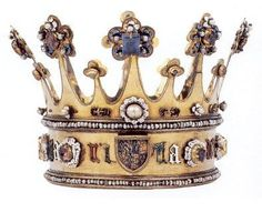 The Crown of Margaret of York, made in 1461. Spectacular. Rare example of a crown whose gems were not removed for use in other pieces. medieval coronet gilt gold silver
