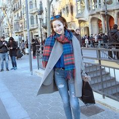 Park Min Young shares vacation photos from Spain and discusses dating Young Fashion, Asian Fashion, Women's Fashion, Korean Actresses, Korean Actors, Asian Actors, Korean Star, Korean Girl, Kim Moon
