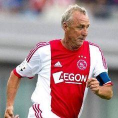 Johan Cruijff Best Football Players, World Football, New York Cosmos, The Good Son, Afc Ajax, Kids Soccer, Girls In Love, Fc Barcelona, Number 14