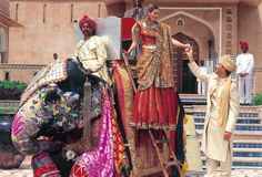 A luxury resort with its own distinctive character, it revives the gracious lifestyles of India's legendary Rajput princes.