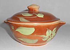 Watt Pottery Silhouette #18 Tab Casserole W/Lid! MINT