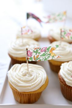 floral pennant flag cupcake toppers  green by chiarabelle on Etsy, $12.00