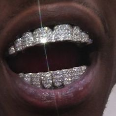 my new grillz raw af flexing on haters Boujee Aesthetic, Bad Girl Aesthetic, Aesthetic Grunge, Girl Grillz, Diamond Grillz, Grills Teeth, Mouth Grills, Gold Teeth, Manicure Y Pedicure