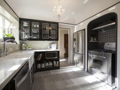 Recessed oven! 25 Amazing Room Makeovers from HGTV's House Hunters Renovation : Decorating : Home & Garden Television