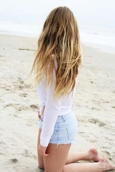 beach hair, looks so effortless! Gah wish my hair could do tis Summer Hairstyles, Trendy Hairstyles, Girl Hairstyles, Hairstyle Men, Wedding Hairstyles, Balayage Blond, Blonde Hair, Purple Balayage, Ombre Purple Hair