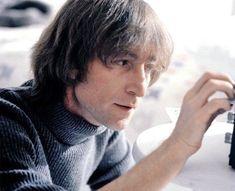 John, older, wiser and loving but still the old John inside John Lennon Paul Mccartney, John Lennon And Yoko, Julian Lennon, Imagine John Lennon, John Lennon Beatles, The Beatles Live, Bug Boy, Life Is What Happens, Skinny Love