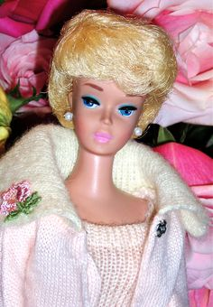 White Ginger Bubble Cut..this was my favorite Barbie, I loved her hair and the color of her lipstick and nails!