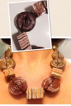 Anna Meroni, necklace - newspaper and Raku beads - carta da giornale e ceramica raku