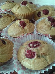 briose Muffin, Breakfast, Food, Morning Coffee, Eten, Cupcakes, Muffins, Meals, Morning Breakfast