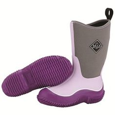 These lovely Kids Hale Muck Boots are finished in a stylish Purple/Grey colourway which will fast become a favoured item of footwear.
