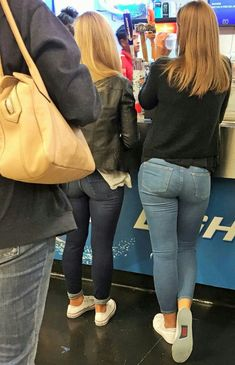 Women in jeans pics — Todays selection 16072016 part Girls Jeans, Mom Jeans, Skinny Jeans, Chica Cool, Asian Lingerie, Pinup Girl Clothing, Curvy Jeans, Best Jeans, Jeans Style