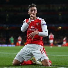 Mesut Ozil celebrates scoring his goal, Arsenal's during the UEFA Champions League match between Arsenal FC and PFC Ludogorets Razgrad at Emirates Stadium on October 2016 in London,. Arsenal Fc, Arsenal Premier League, Arsenal Football, Football Soccer, Germany Football, Soccer News, Uefa Champions League, Best Player, Everton