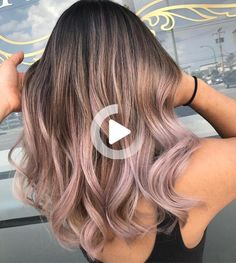 You're going to be seeing this look everywhere. Lavender Hair, Lilac Hair, Rose Gold Hair, Cute Hairstyles For Medium Hair, Medium Hair Styles, Short Hair Styles, Bob Hairstyles, Hair Dye Colors, Ombre Hair Color