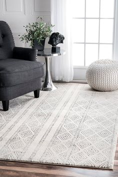 Shop nuLOOM Contemporary Geometric Diamond Area Rug - On Sale - Overstock - 20603782 - x - Grey Grey Rugs, Beige Area Rugs, Tapete Beige, Polypropylene Rugs, Rugs Usa, Geometric Rug, Room Rugs, My New Room, Online Home Decor Stores