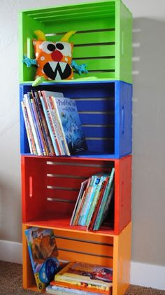 hacer una estantería infantil barata y original Wooden crates from Michael's, and painted to make book shelves, or toy storage. {Playroom Idea}Wooden crates from Michael's, and painted to make book shelves, or toy storage. Toy Rooms, Kids Rooms, Small Rooms, Ideas For Boys Bedrooms, Boys Room Paint Ideas, Playroom Paint Colors, Little Boy Bedroom Ideas, Kids Church Rooms, Small Spaces