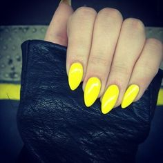 love these claw nails