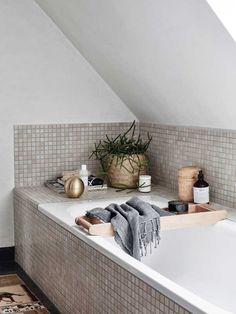 Salle de bain super cozy ! #baignoire #decocrush #scandi