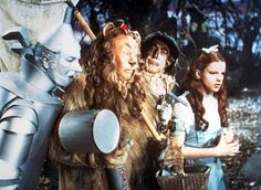 The Wizard of Oz - Jack Haley, Bert Lahr, Ray Bolger, and Judy Garland Jack Haley, Wizard Of Oz Quotes, Color In Film, Wizard Of Oz 1939, Cowardly Lion, Veronica Lake, Land Of Oz, The Good Witch, Yellow Brick Road