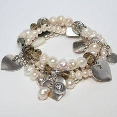 Perfectly Beautiful for Mothers Day! click on bio check out the website for all different combinations #pearls #love #fashion #fashionblog #trend #trendy #trenset #festival #fashionaddict #girls #jewelry #sales #saleitem #trendsetter #cotour #marketing #facebook #twitter