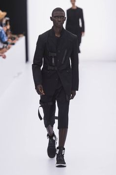 Y3-spring-summer-2017-paris-fashion-week-02