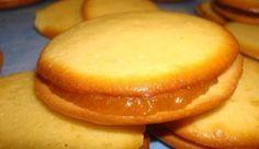 Εκπληκτικά μπισκότα μαρμελάδα «στο λεπτό»!! Pureed Food Recipes, Sweets Recipes, Candy Recipes, Cookie Recipes, Greek Sweets, Greek Desserts, Greek Recipes, Fast Recipes, Cookie Dough Pie