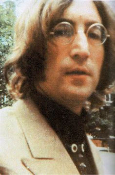 18th June 1968. John arriving at The Beatles new Apple offices at 95, Wigmore Street. Picture by Cindi Gonzales.