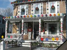 life size gingerbread house by dogboneart, via Flickr
