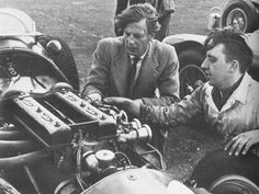 1953 british gp - john heath, mechanic work on hwm-alta