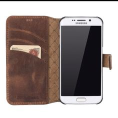 Why Leather is King  When it comes to wearable products that consumers expect to last longer than a few months, most people agree that leather is a hard choice to beat when it comes to durability, flexibility, and the beauty. Check out our new galaxy s7's