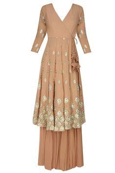 Astha Narang presents Peach and gold gota flowers angrakha anarkali and garara pants set available only at Pernia's Pop Up Shop. Anarkali Dress, Pakistani Dresses, Indian Dresses, Indian Outfits, Lehenga, Indian Attire, Indian Ethnic Wear, Kurta Designs, Blouse Designs