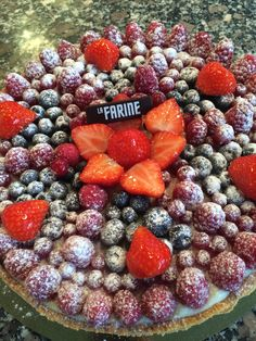 La Farine tarte with forest fruits