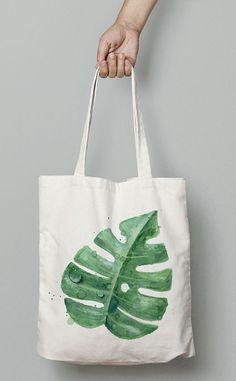 Cottage Crochet Easy Bag Making Sacs Tote Bags, Diy Tote Bag, Tote Bags Handmade, Cute Tote Bags, Canvas Tote Bags, Painted Bags, Fabric Bags, Printed Tote Bags, Cotton Bag