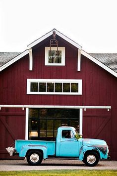 All the things about this pic I like. Love the barn. Love the truck. Reminds m… Barn.All the things about this pic I like. Love the barn. Love the truck. Jogs my memory of my son Caleb. Farm Trucks, Old Trucks, Pickup Trucks, Chevy Trucks, Jeep Pickup, Pickup Camper, Farm Barn, Old Farm, Country Barns