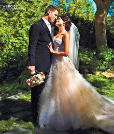 See the celeb's big wedding days! Channing Tatum and Jenna Dewan's wedding day. Sadly the couple have since divorced. Jenna Dewan, Channing Tatum, Wedding Tips, Wedding Photos, Dream Wedding, Wedding Day, Wedding White, Reem Acra Wedding Gowns, Bridal Gowns