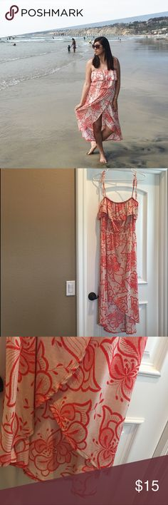 [LIKE NEW]: Hawaiian Red Floral Dress w/ Slit In like new condition, only wore once. Super cute to bring to your upcoming trip to Hawaii, or any beach day 😎👌🏻 Very soft, stretchy, & comfortable. AMI CLUBWEAR Dresses