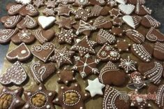 Gingerbread Cookies, Christmas Cookies, Cookie Decorating, Sweet Recipes, Christmas Decorations, Xmas, Sweets, Candy, Chocolate