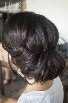 we ❤ this!  itsabrideslife.com  #weddingupdo