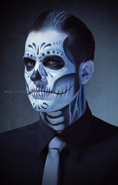 Male makeup, halloween makeup for boys, halloween skull makeup, facepaint h Sugar Skull Makeup, Sugar Skull Art, Sugar Skulls, Sugar Skull Face Paint, Sugar Skull Costume, Looks Halloween, Halloween Costumes, Halloween Makeup For Boys, Vintage Halloween