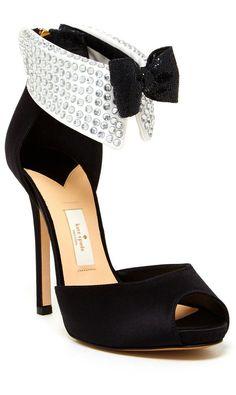 Tuxedo Bow Heels